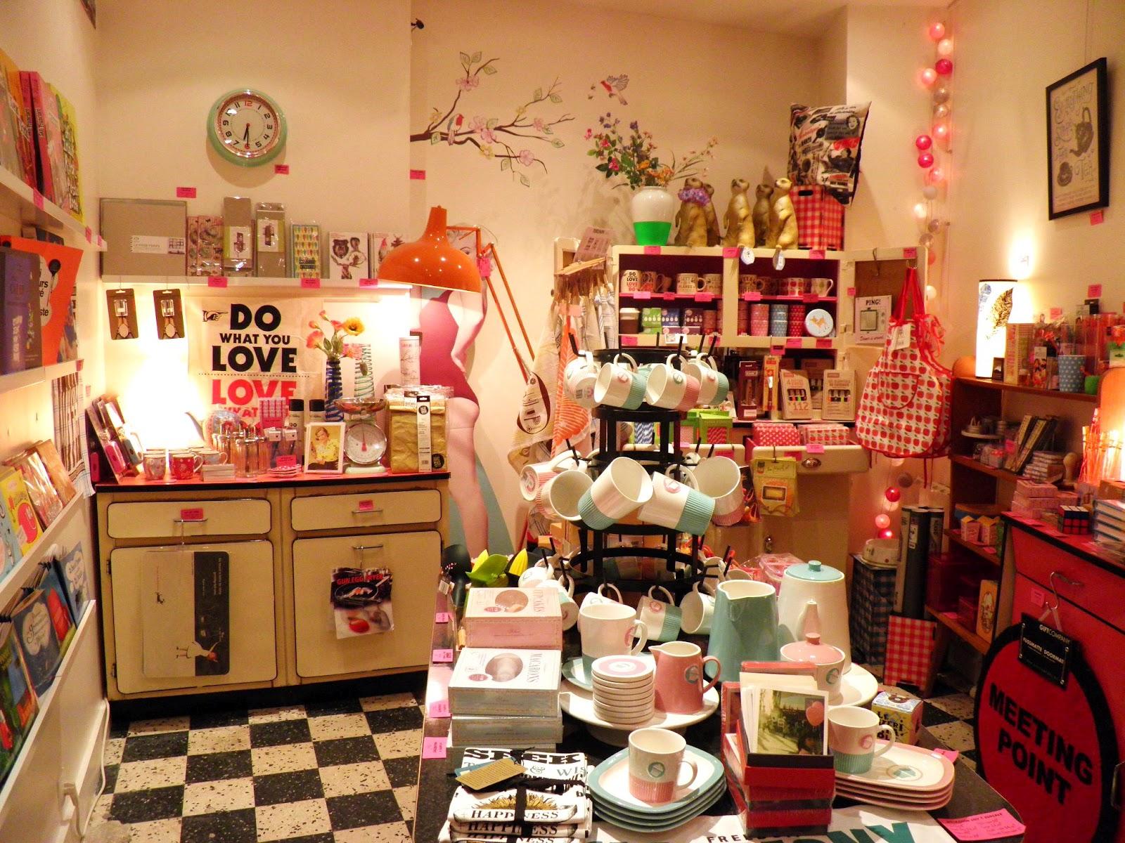 Pop Market, une boutique pour se faire plaisir et faire plaisir, située au coeur de Paname.