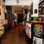 UFO Bar, pour des soirées rock électriques où l' on y croise des Nanas d'Paname
