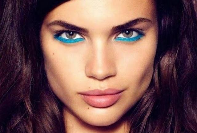 make-up-bleu-0une